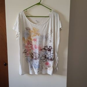 Embroider graphic tshirt